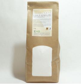 Da aggiungere alla polvere per lavatrice o al detersivo liquido per dare un miglior pulito e igienizzare i capi. Basta un cucchiaio