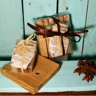 sapone artigianale al caffè con portasapone in legno