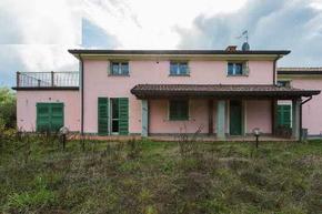 Case - Casa semindipendente a Castelnuovo Magra