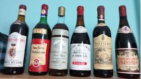 Bottiglie vino anni 60 /70