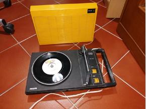 Giradischi Philips 100