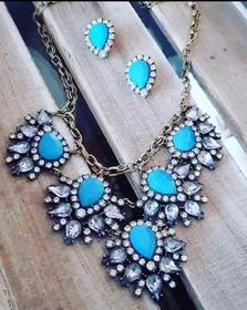 Set prestigiosa collana e orecchini