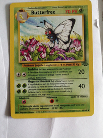 Carta pokemon butterfree 33/64